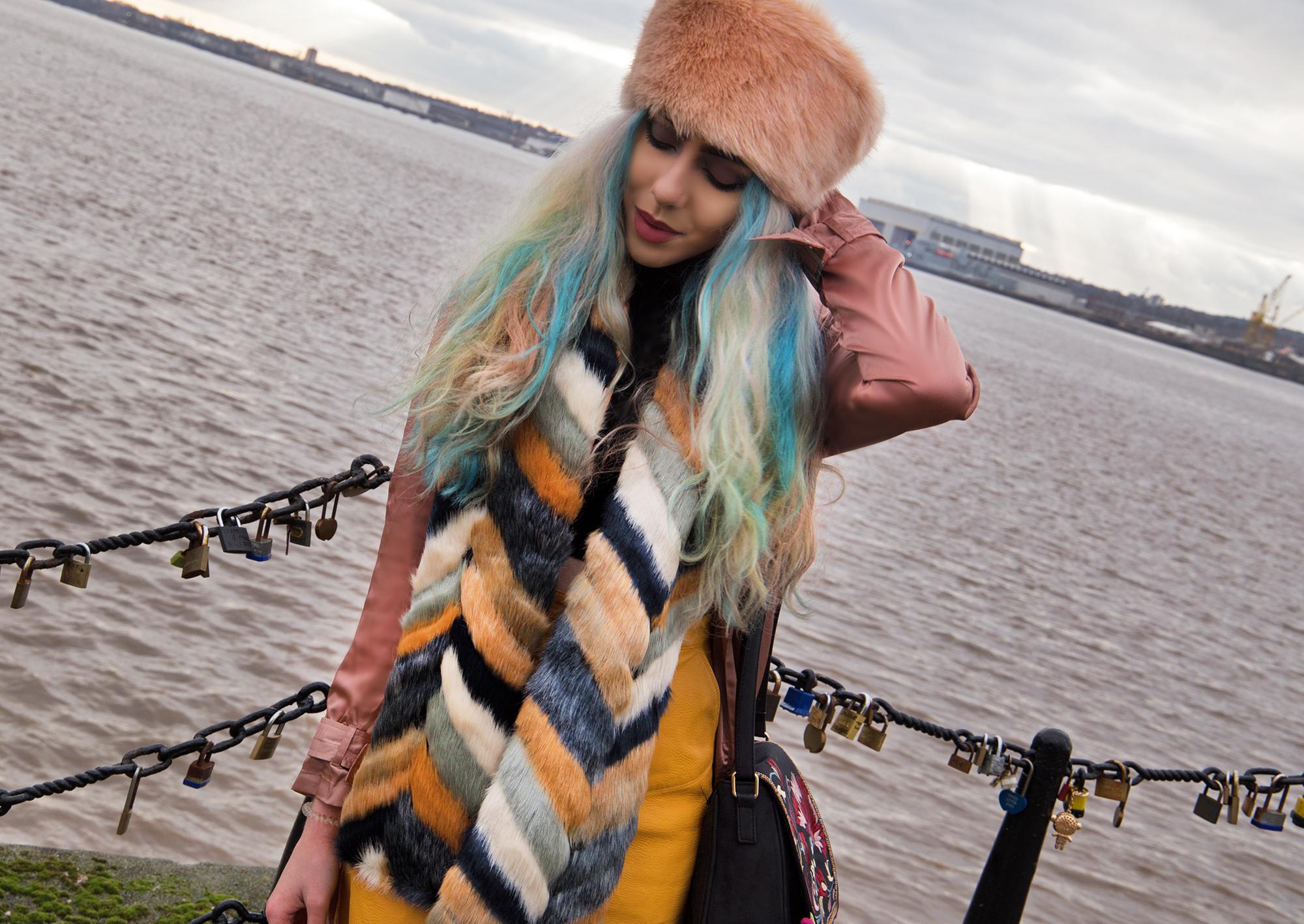 pastel hair fashion blogger Stephi LaReine