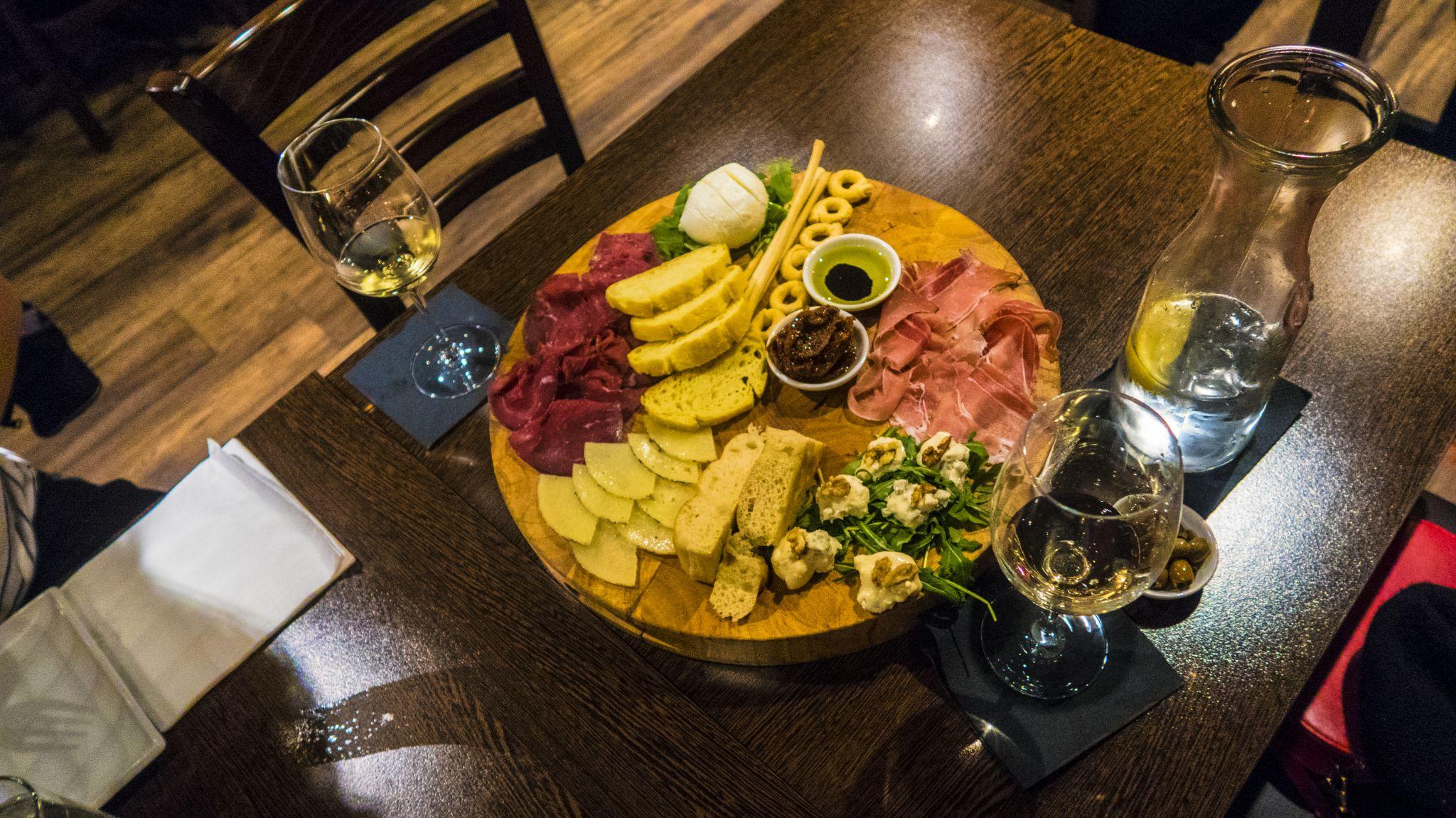 Veeno Liverpool Wine Tasting Food Menu Sharing Platter Board