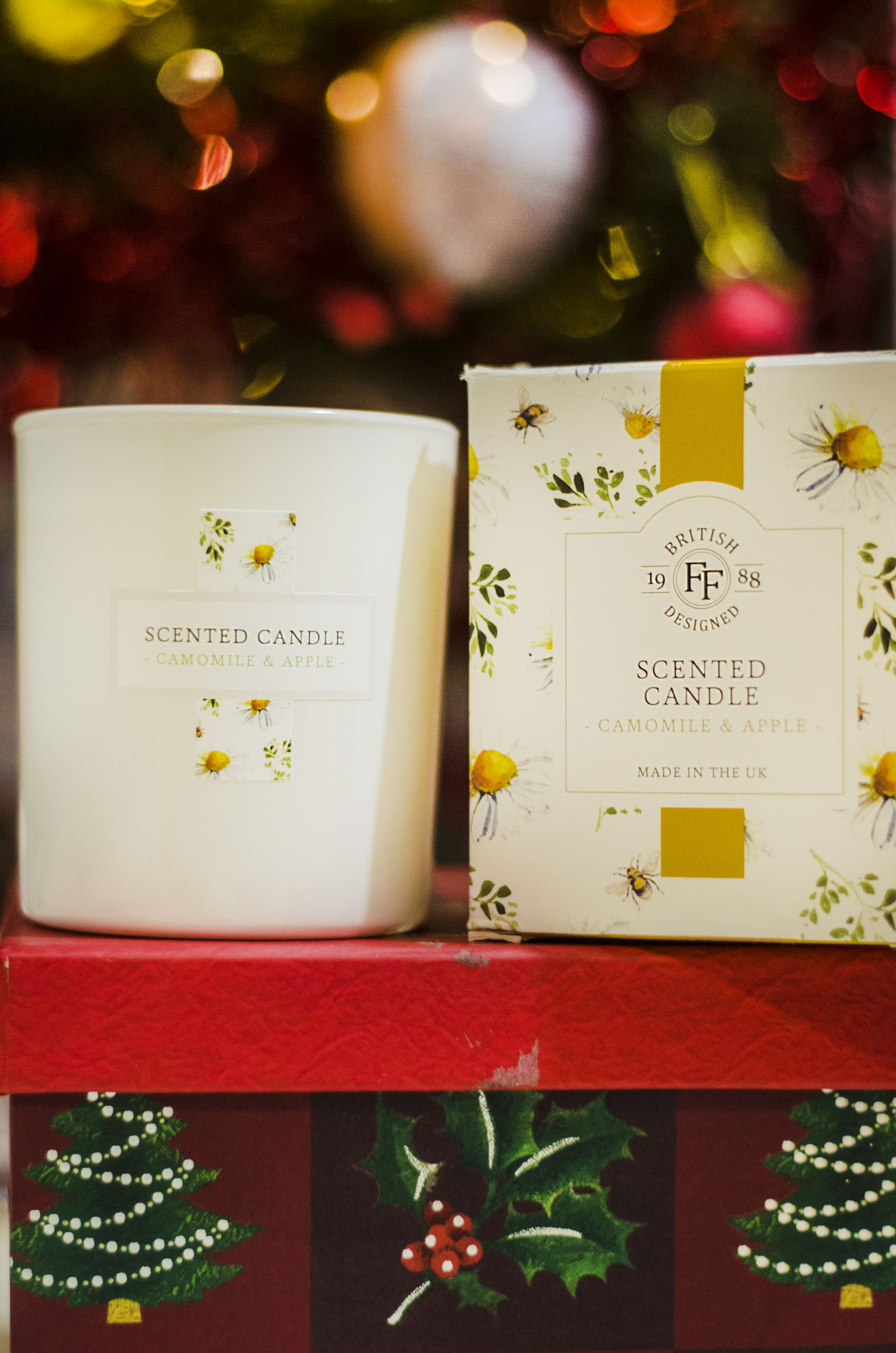 FatFace scented candle