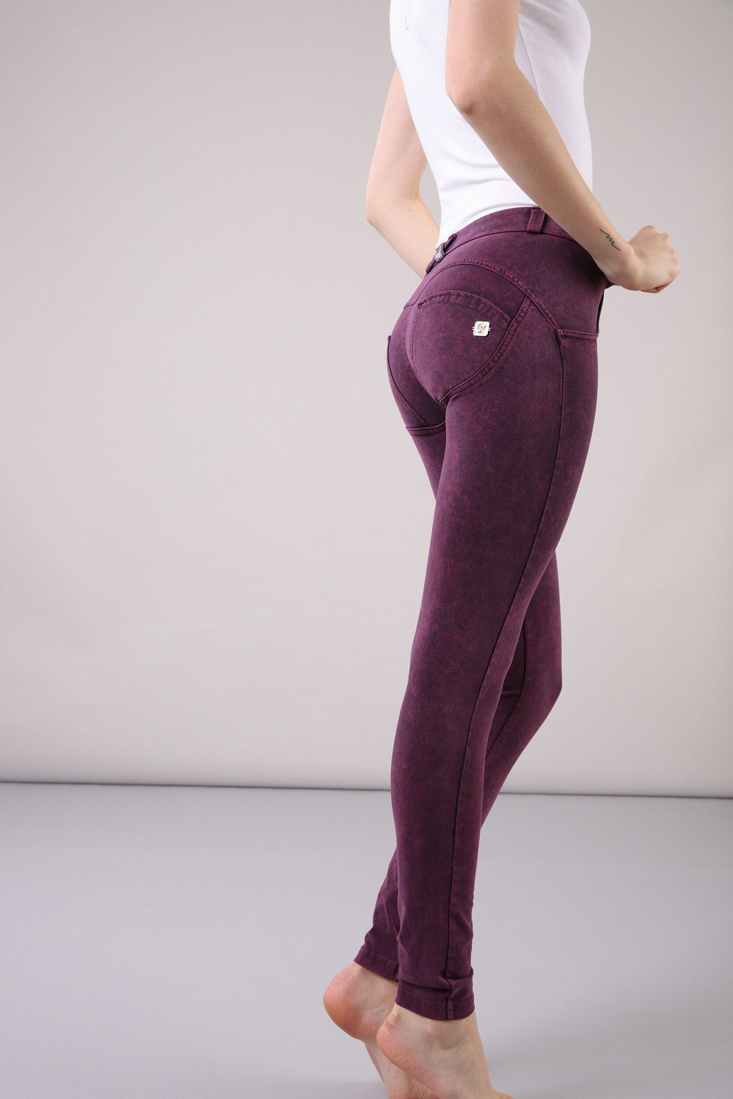 FINDING FLATTERING JEANS