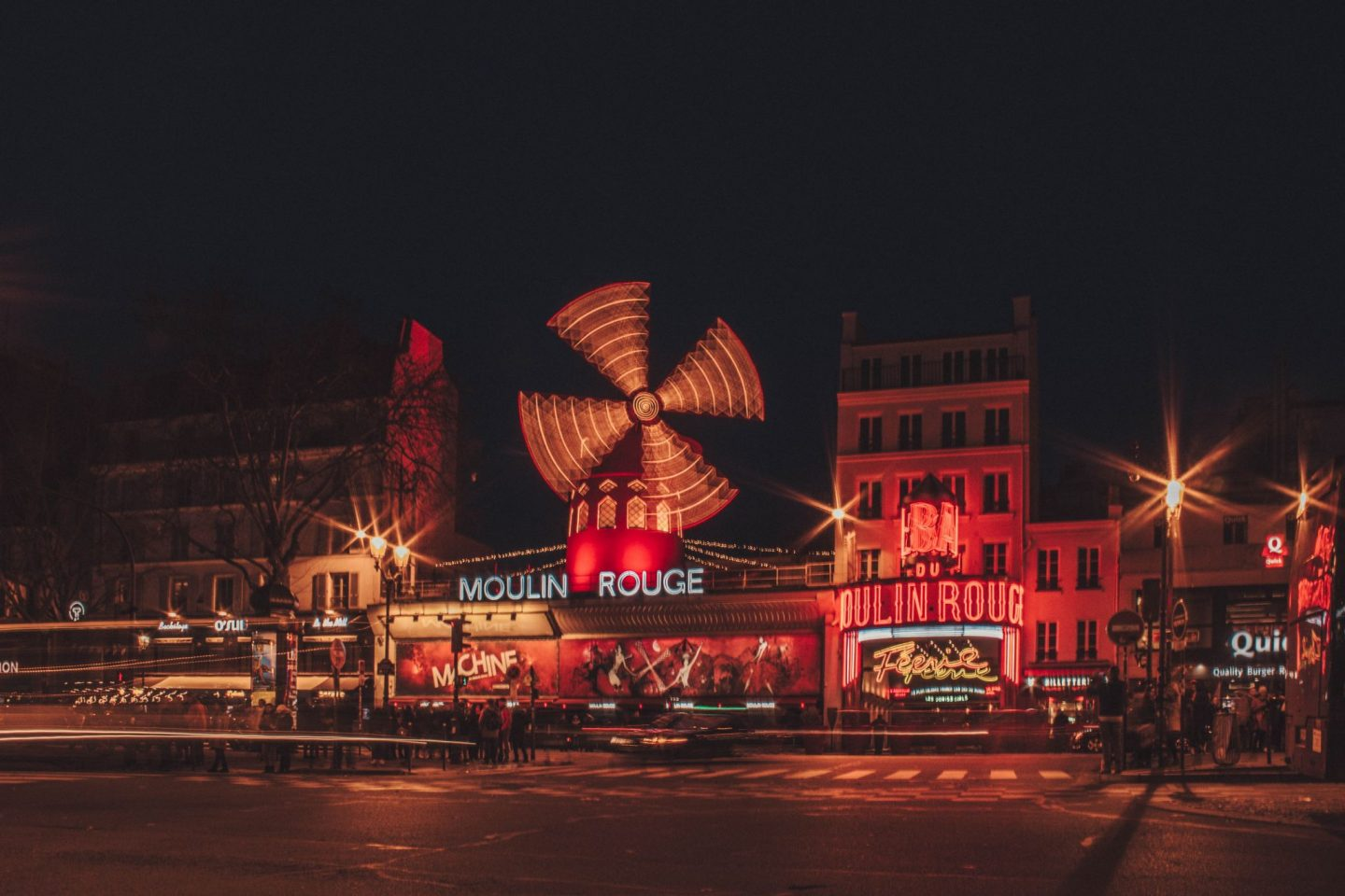 moulin rouge travel blog