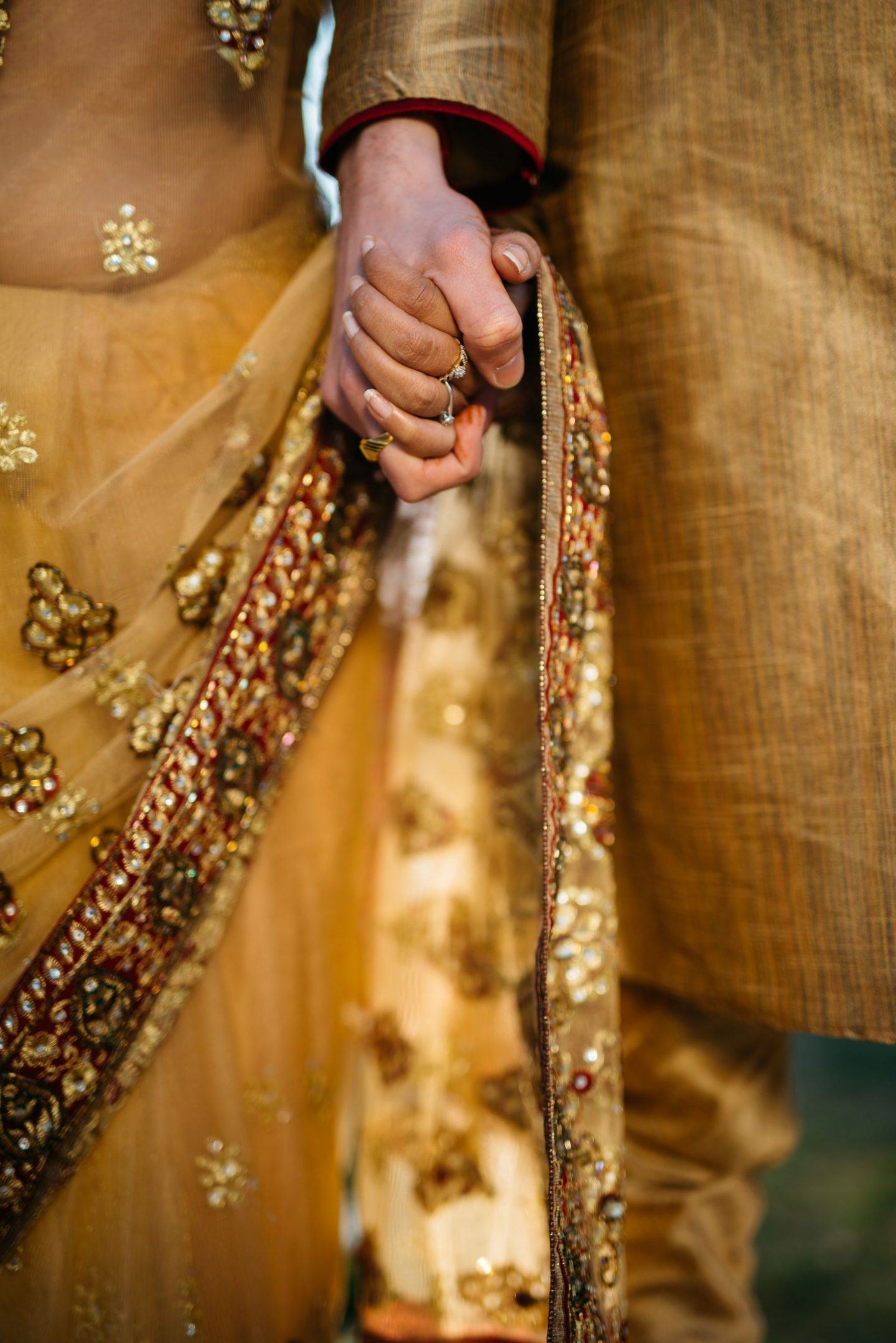 A QUICK JAUNT ON INTERESTING WEDDING TRADITIONS AROUND THE WORLD