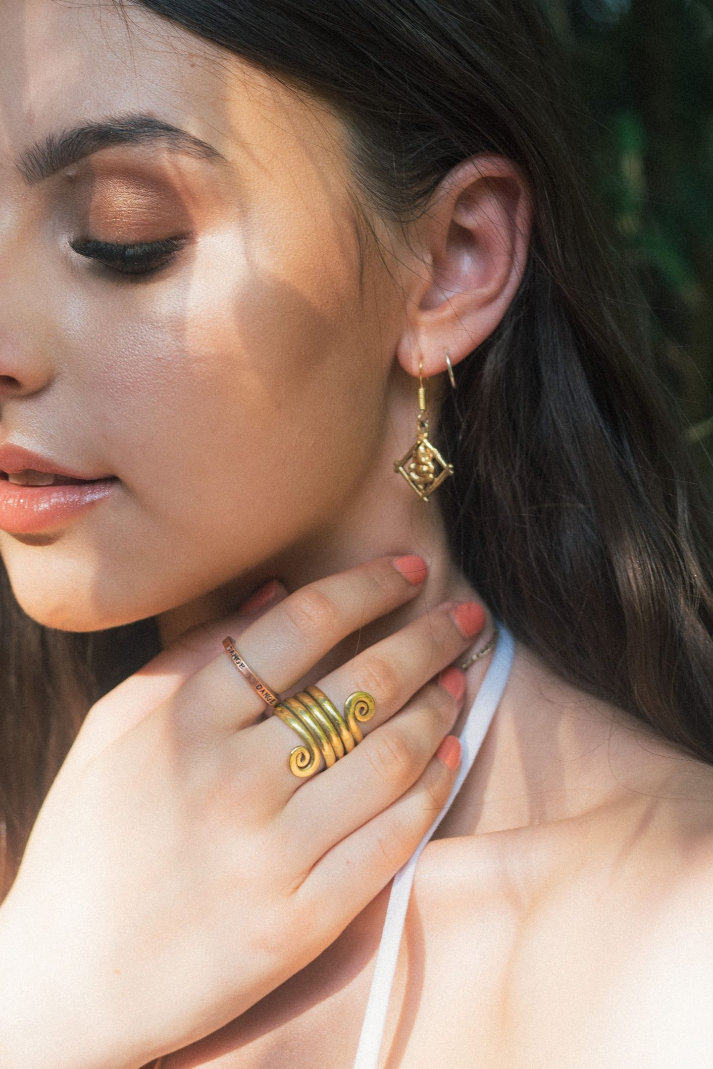 INTERESTING FACTS ABOUT HAND MADE JEWELLERY