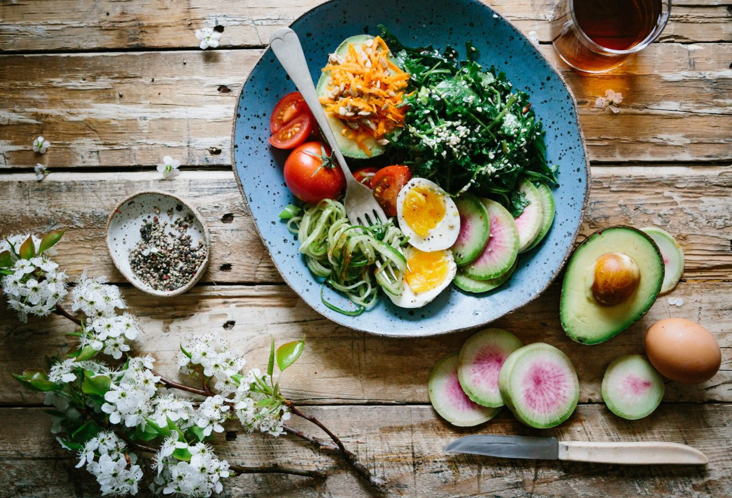 5 WAYS TO CONSUME HEALTHY WHILST WORKING REMOTELY
