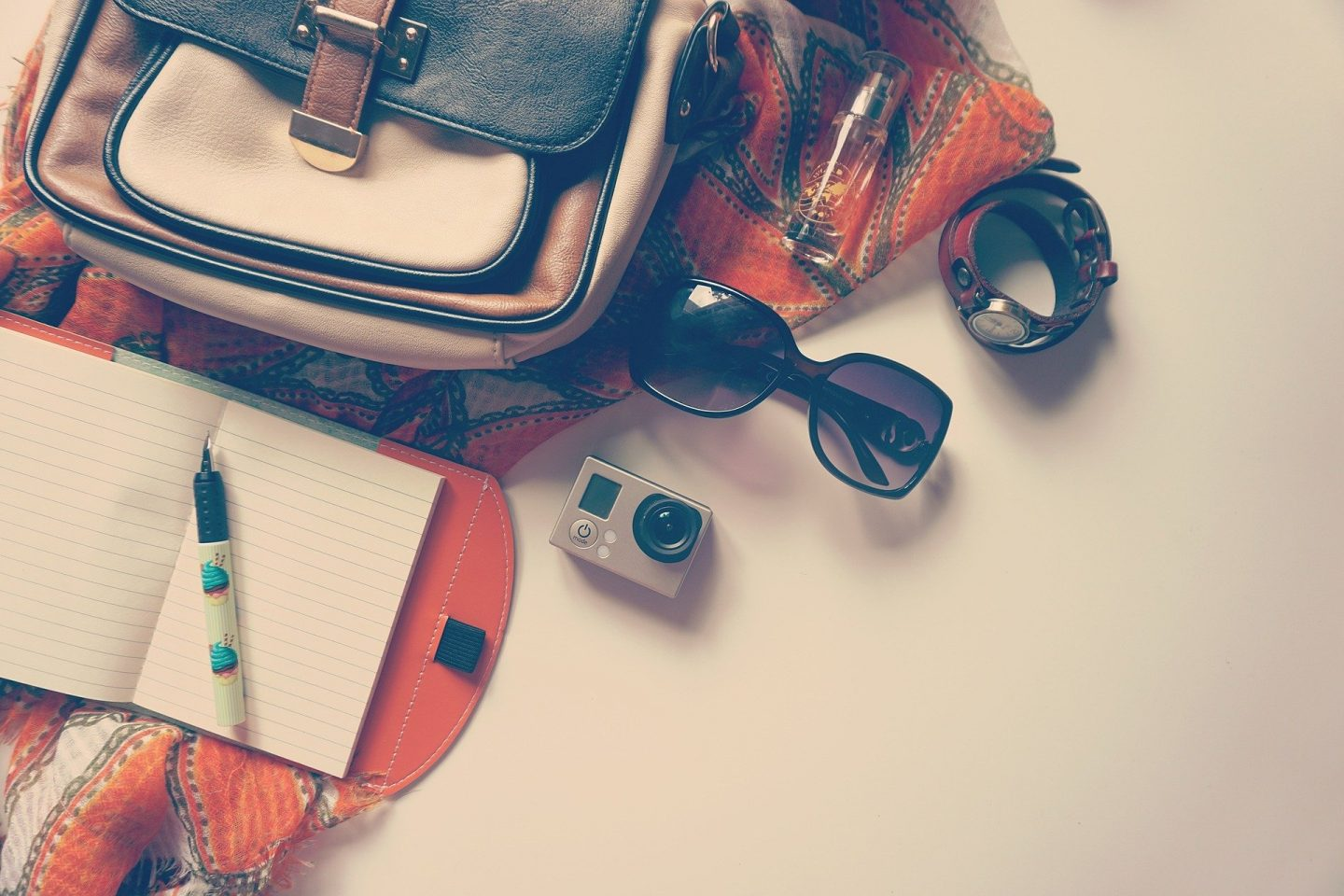 7 PACKING TIPS TO MAXIMISE FUN ON A TRIP
