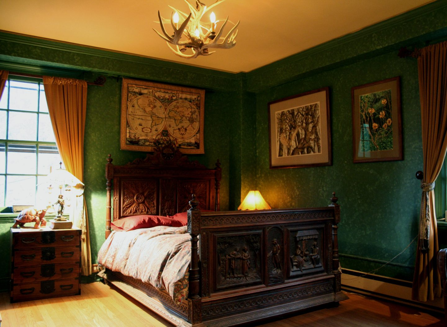 TIPS ON CREATING A MODERN GOTHIC INTERIOR DESIGN