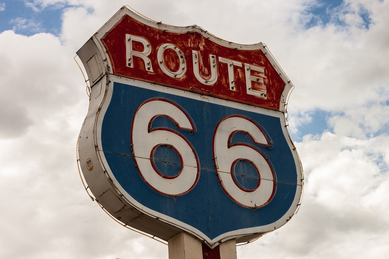ROUTE 66 ROAD TRIP: TAKE A DEEP DIVE INTO THE REAL AMERICAN DREAM