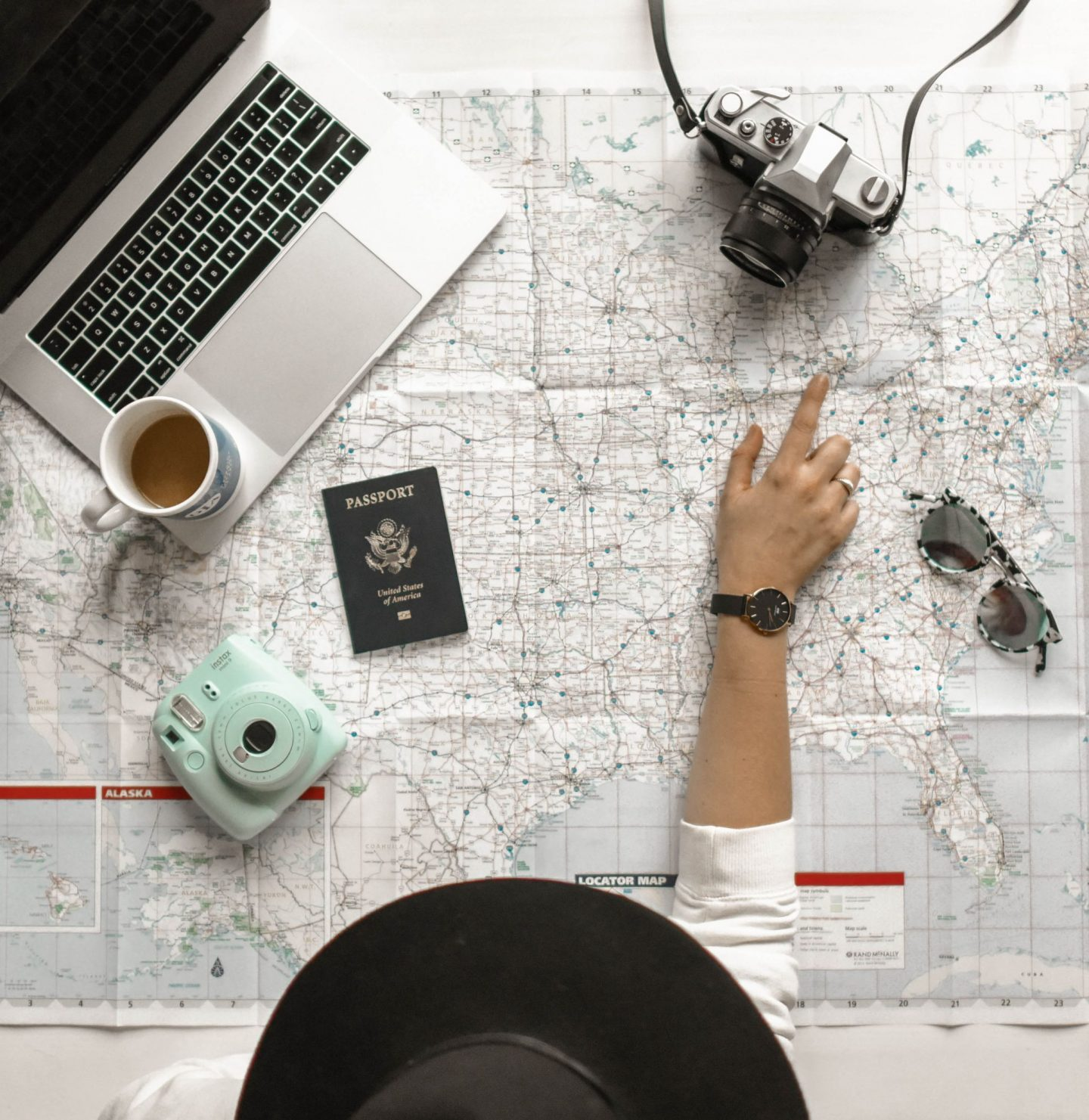 7 WAYS YOU CAN TRAVEL AND STAY FIT