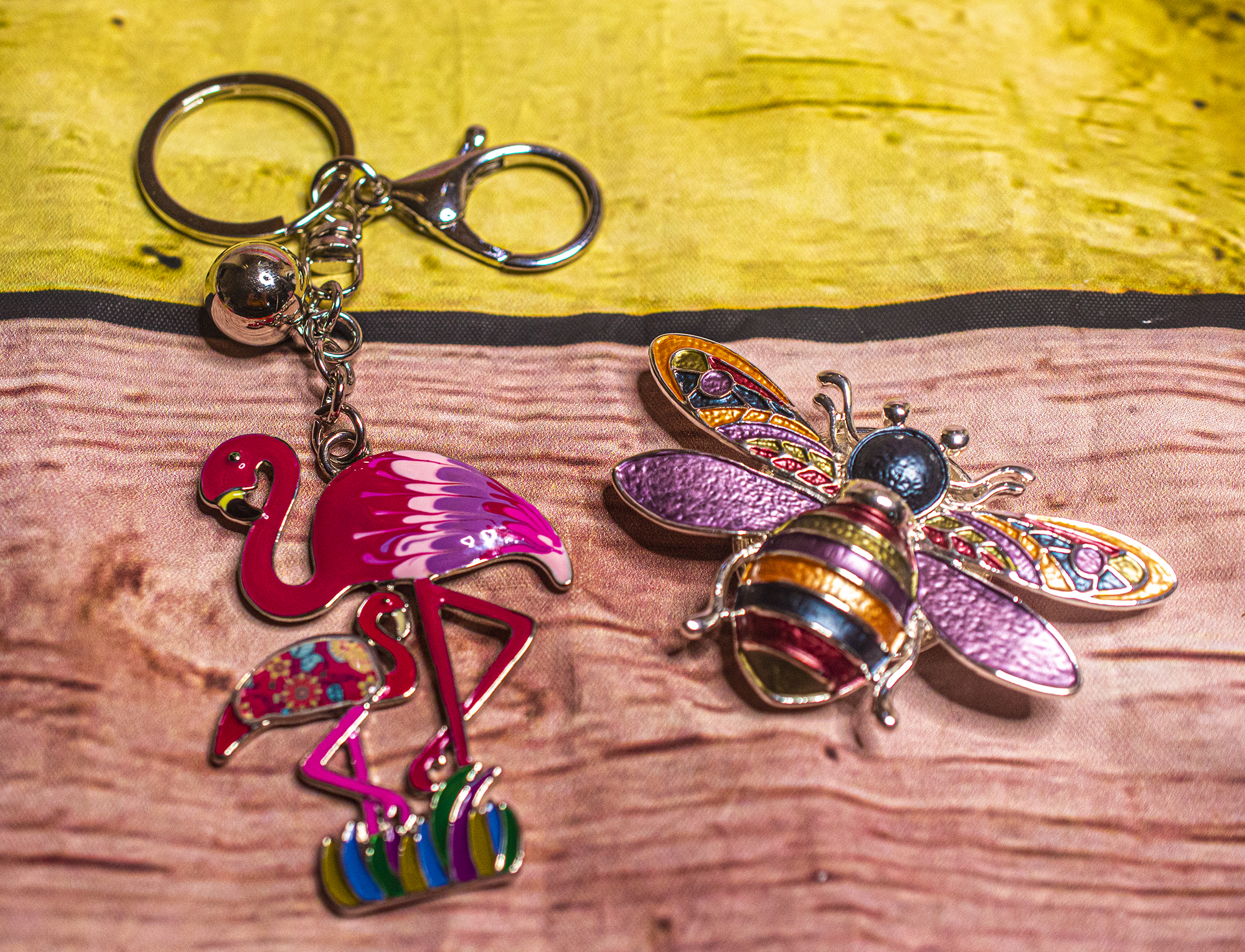 flamingo-bee-keyring-miss-milly