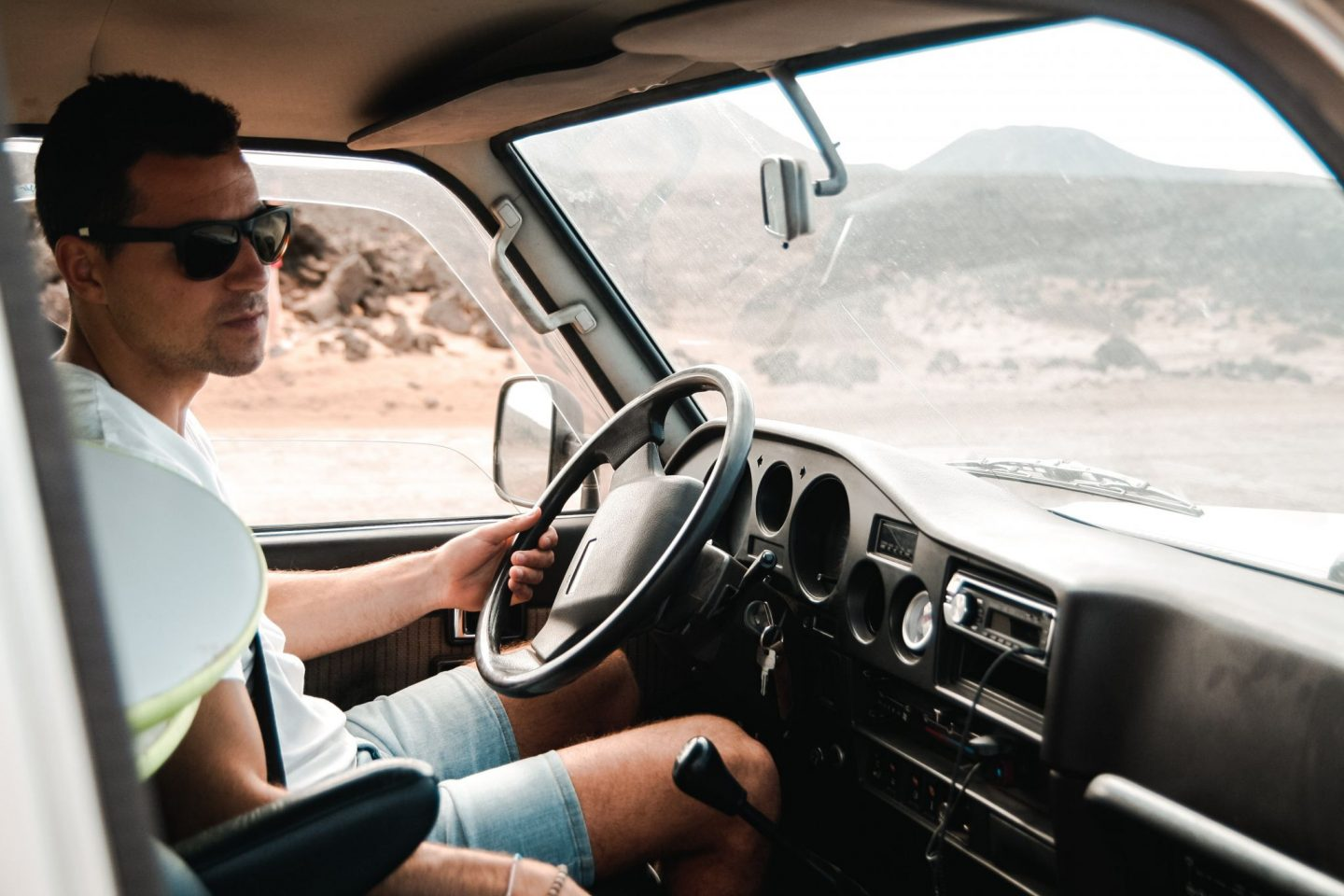 7 USEFL CAR GADGETS AND ACCESSORIES FOR THE ULTIMATE ROAD TRIP