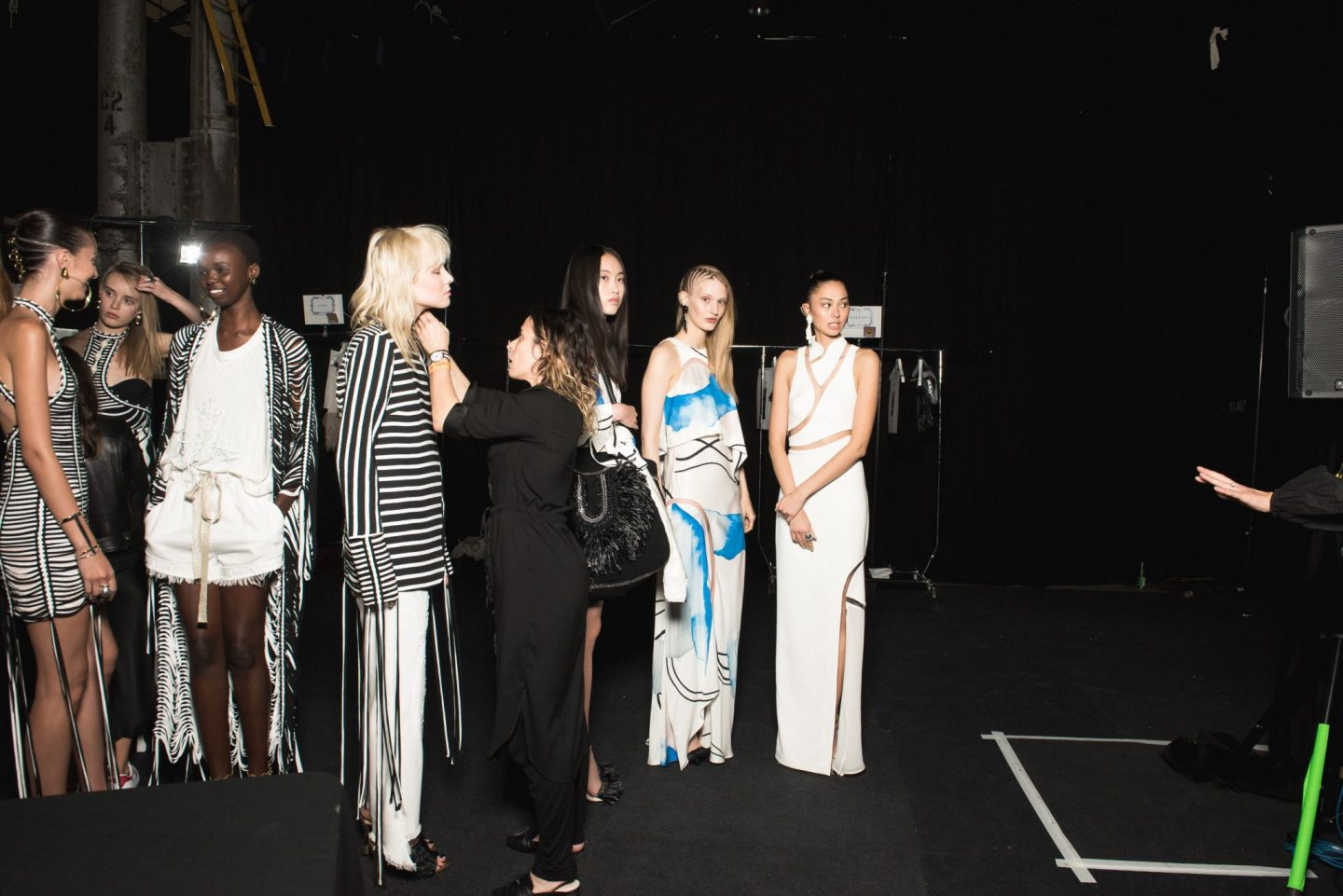 TOP 5 LATEST TRENDS OF FASHION WEEK 2021 FOR SPRING/SUMMER