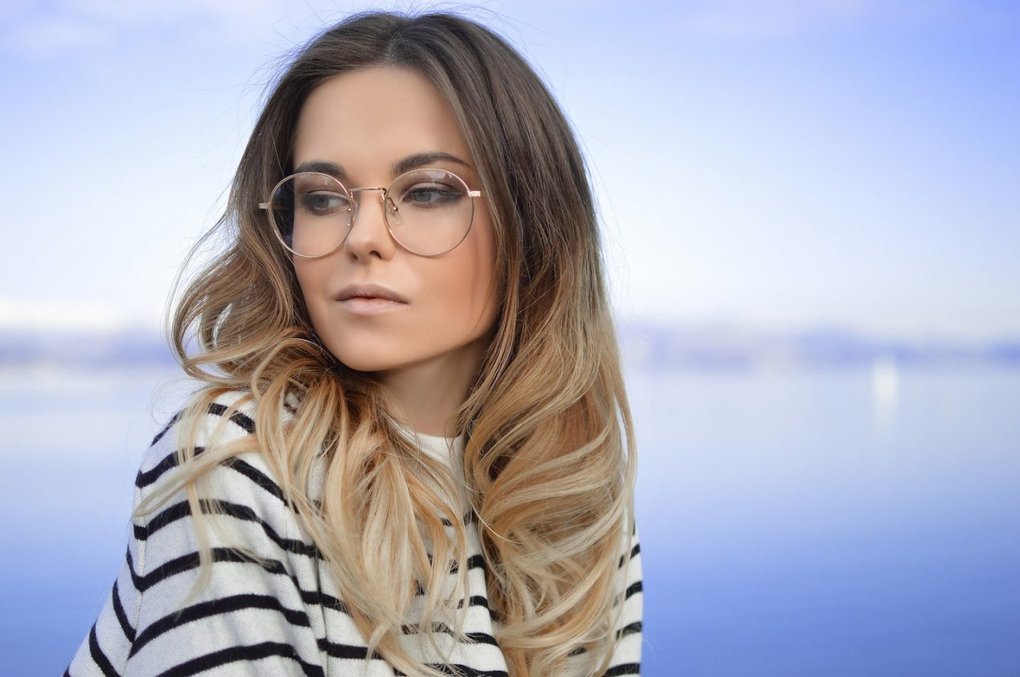 CHOOSING THE RIGHT EYEGLASSES: CONSIDER YOUR LIFESTYLE AND PERSONALITY