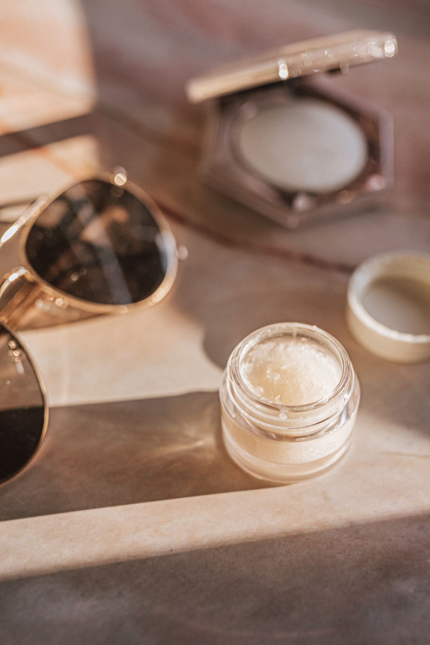 EVERYTHING YOU NEED TO KNOW ABOUT CBD OIL IN BEAUTY PRODUCTS