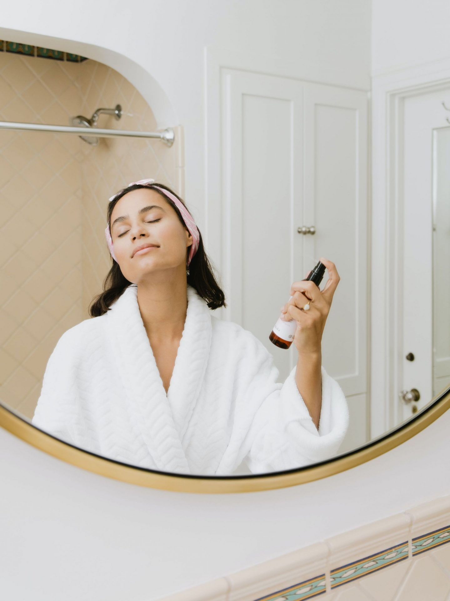 19 WAYS TO BANISH EXTREMELY DRY SKIN IN 2021