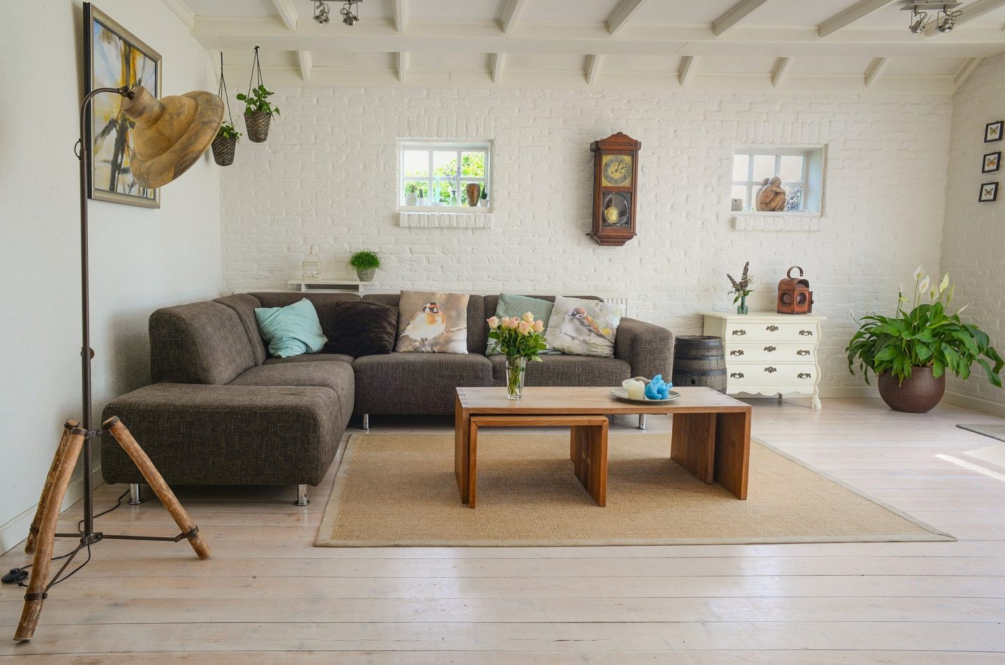 HOW A CLEAN HOME HELPS IN ACHIEVING POSITIVE MENTAL HEALTH