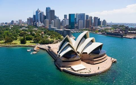 WHAT YOU SHOULD KNOW BEFORE TRAVELLING TO AUSTRALIA