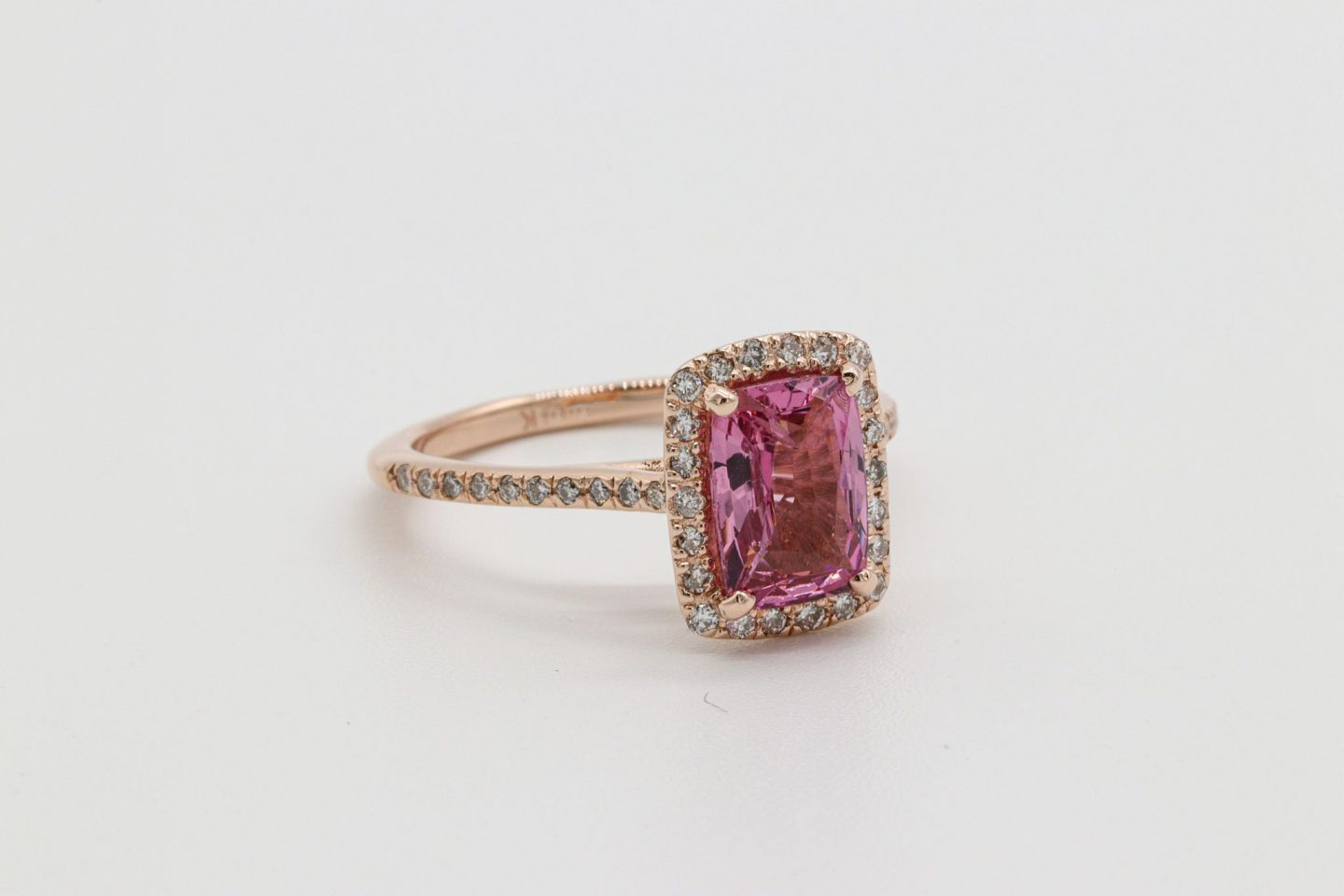 EVERYTHING YOU NEED TO KNOW ABOUT PINK SAPPHIRES