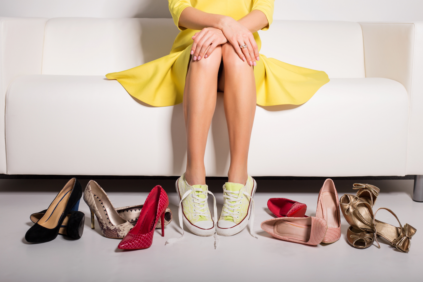 WHAT TO WEAR TO BRUNCH? HERE ARE 4 STYLISH SHOE TRENDS FOR THE WEEKEND OUTING