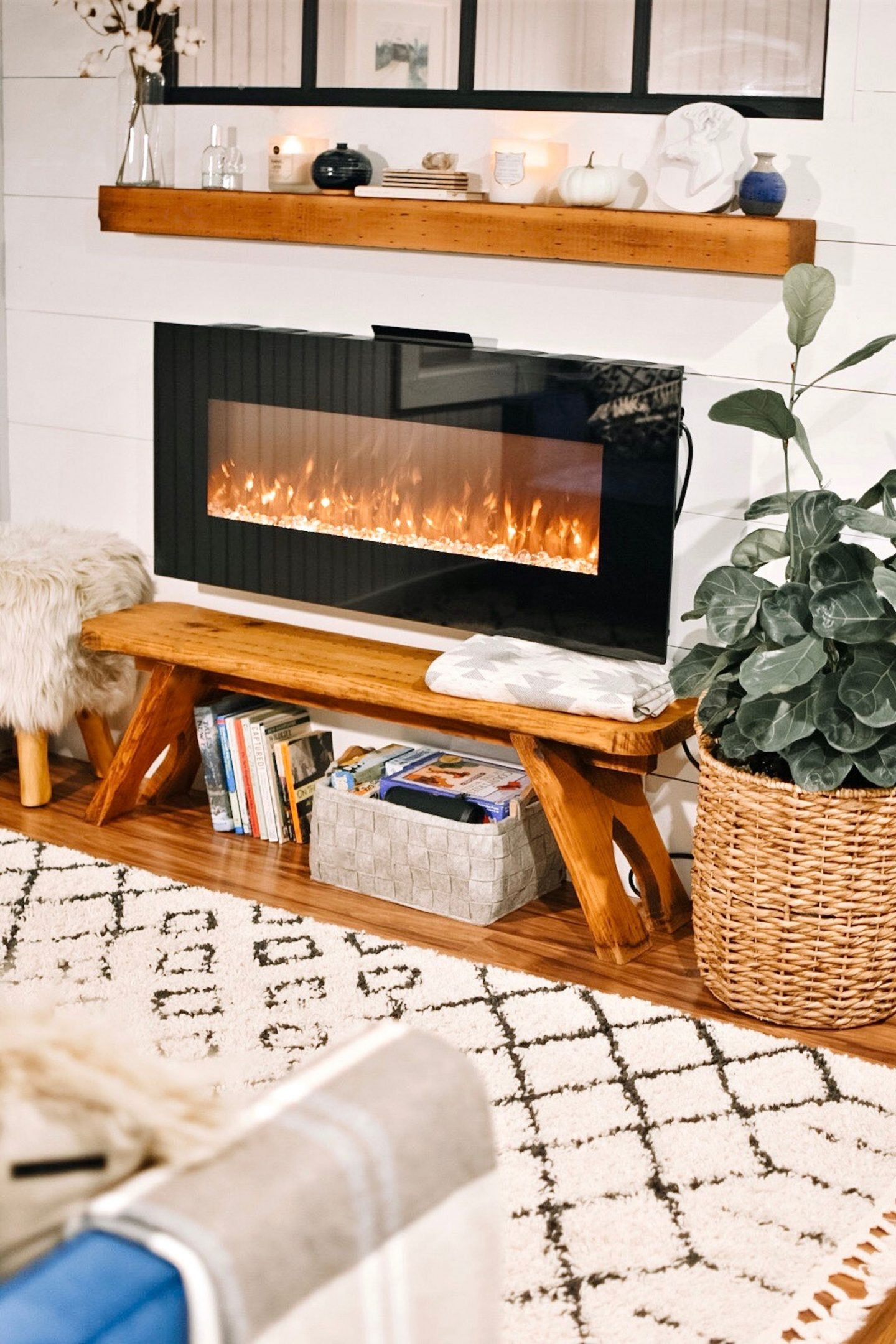 QUICK AND EFFECTIVE WAYS TO BEAUTIFY YOUR LIVING AREA