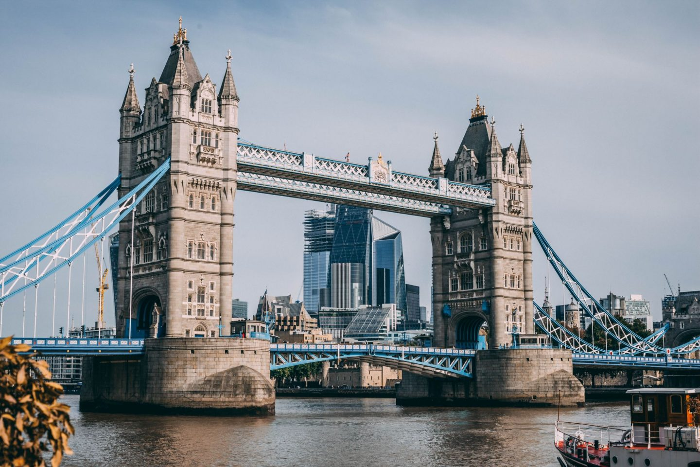 FROM SKYLINE TO BOTTOM LINE – EVERYTHING IS AMAZING IN LONDON