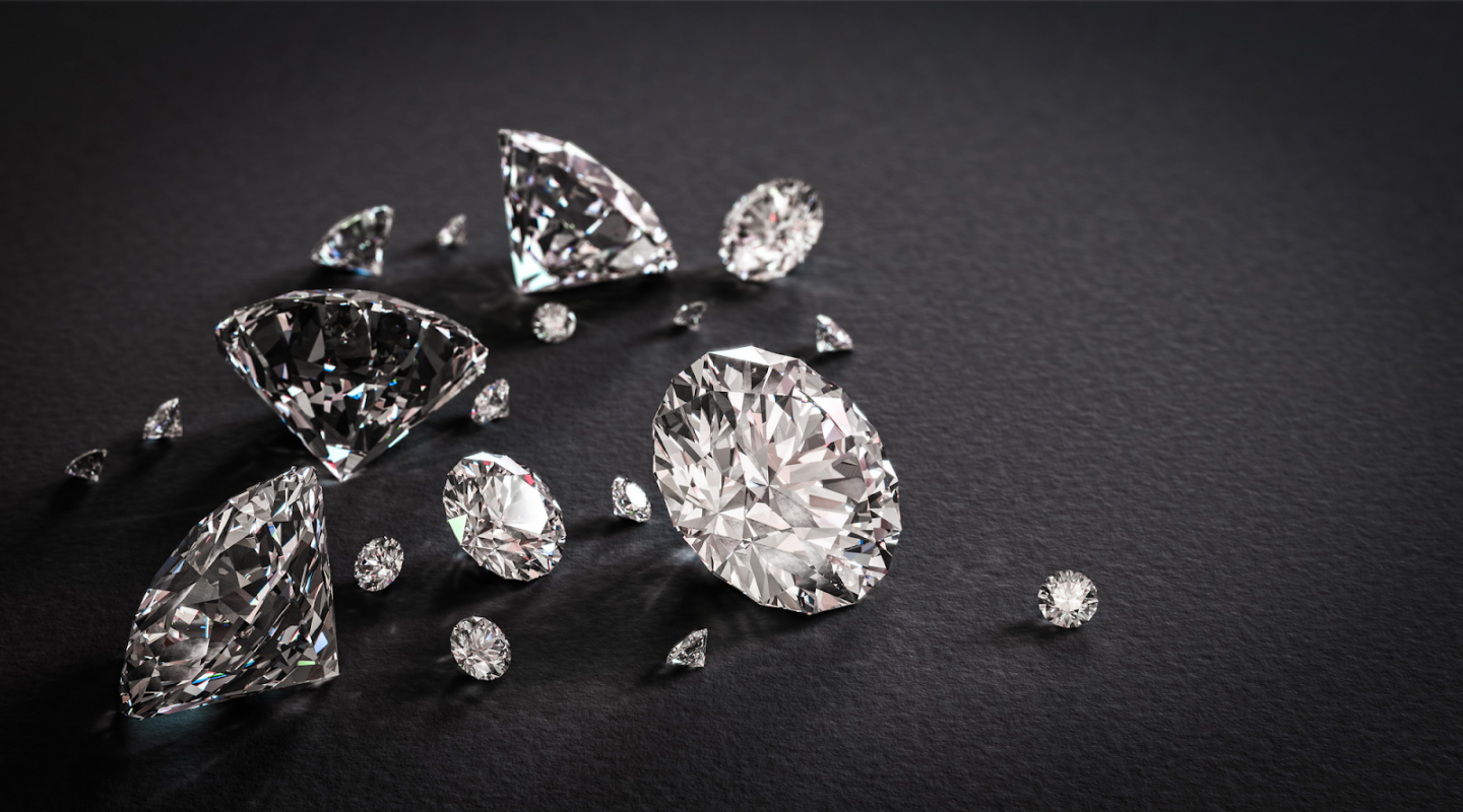 FIND THE PERFECT BLING: A QUICK GUIDE TO DIAMOND COLOUR