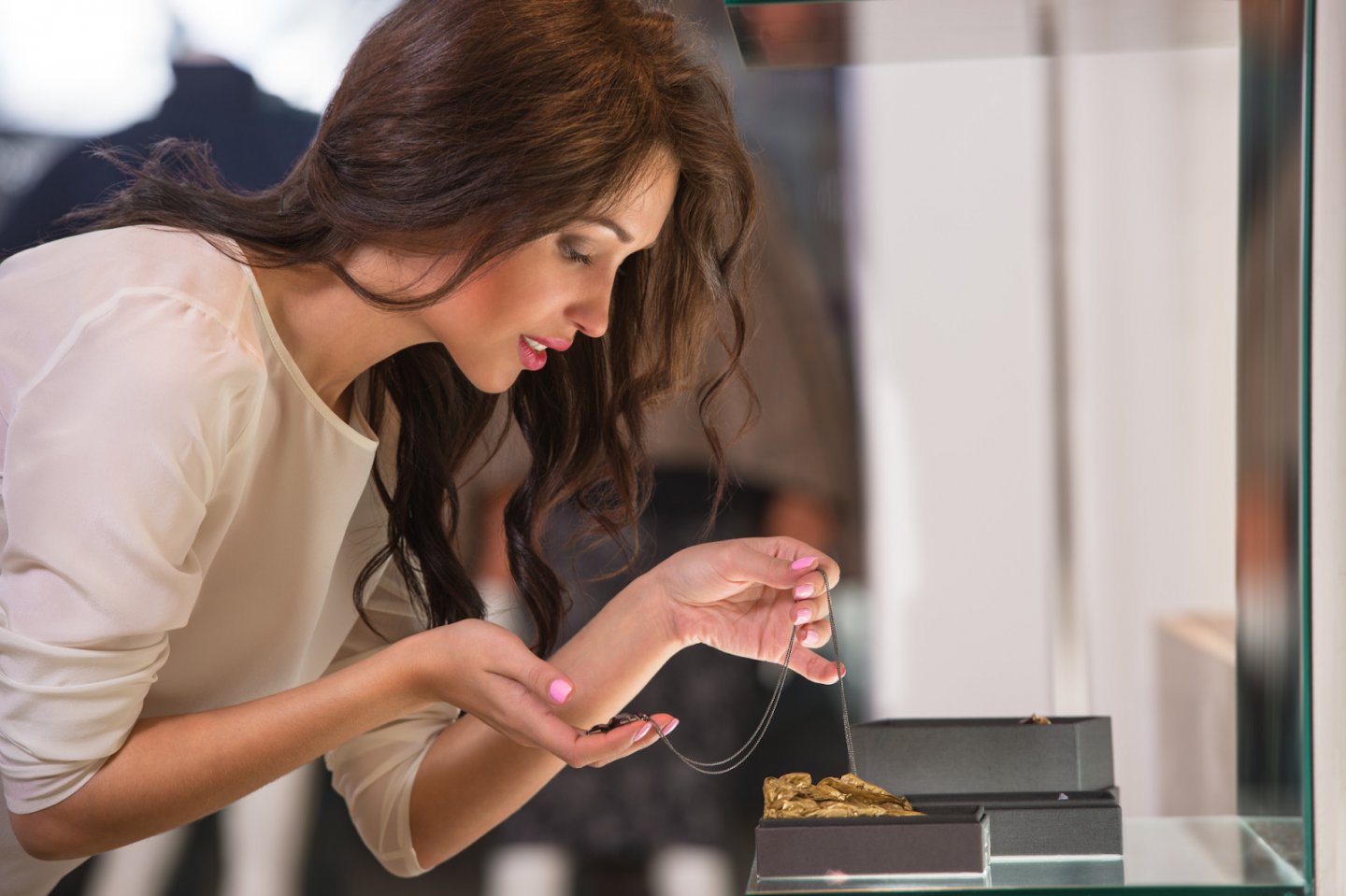 5 TIPS FOR BUYING JEWELRY ONLINE