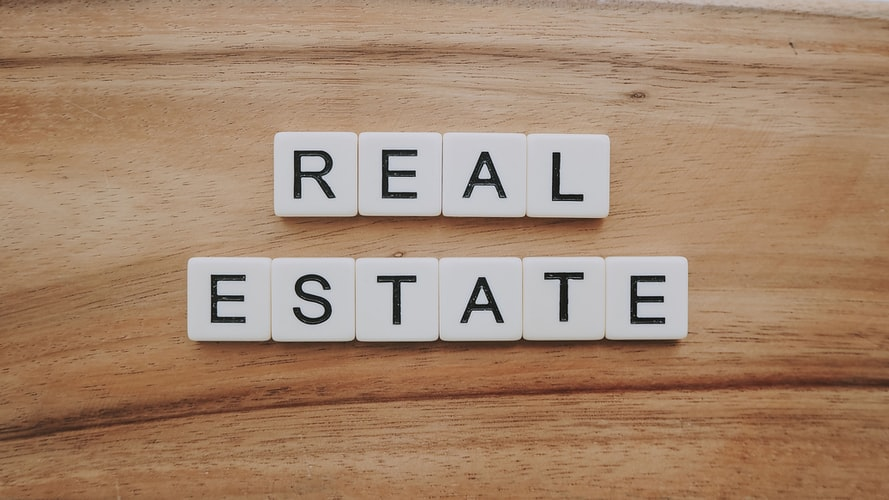 HOW TO MANAGE REAL ESTATE CUSTOMERS
