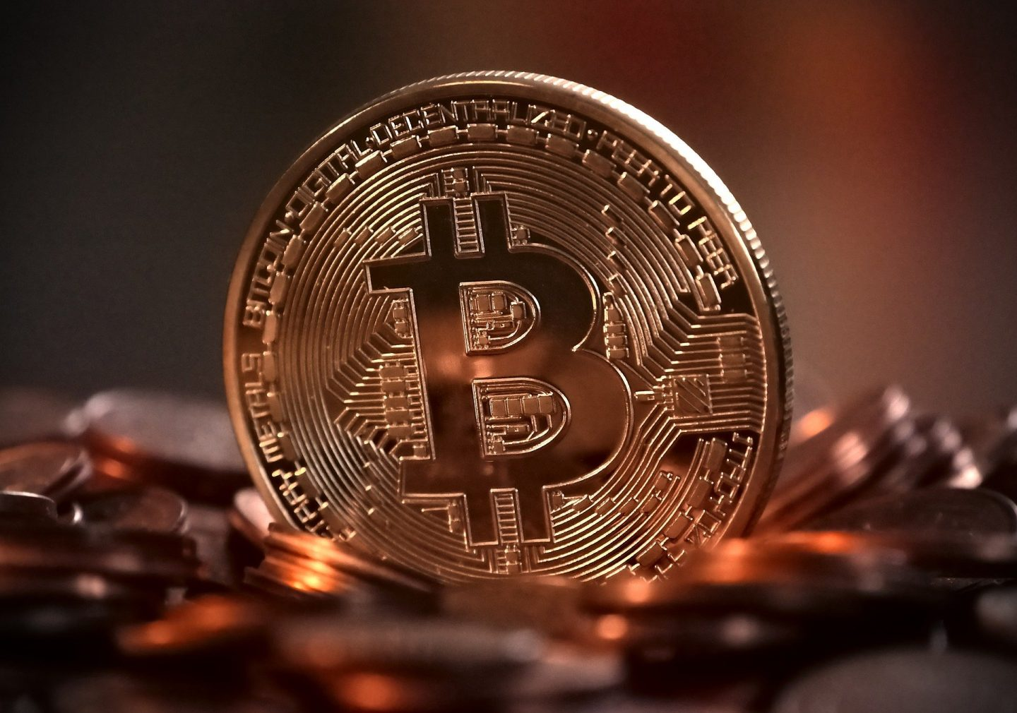 ERIC DALIUS BITCOIN TELLS YOU HOW TO PARTAKE IN BITCOIN TREND
