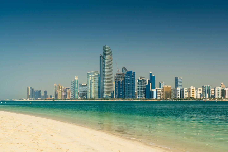 7 BEST WAYS TO BEAT THE HEAT IN YAS ISLAND ABU DHABI