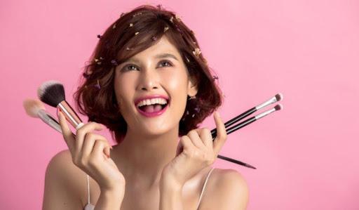 Top 5 Ways to Get Flawless Makeup Look