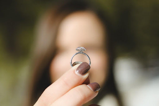 Not a Jewelry Person? How to Get Used to an Engagement Ring