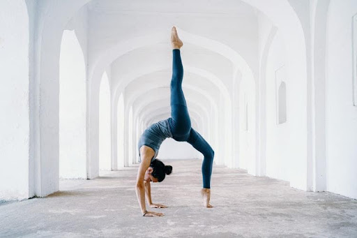 Top 7 Benefits Of Doing Yoga That Are Supported By Science