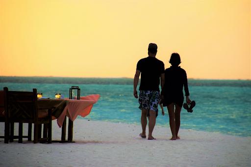 5 Unforgettable Tropical Honeymoon Ideas